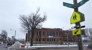 View of Lincoln Avenue Elementary from across the street