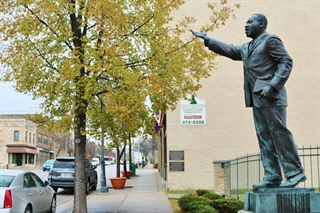 Photo of Statue of Rev. Martin Luther King, Jr. in the Historic King Drive BID