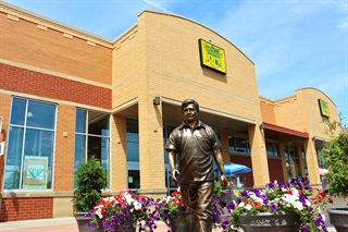Photo of Cesar Chavez Statue in the Cesar Chavez Drive BID