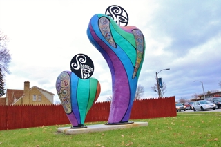 Photo of Sherman Park neighborhood artistic monument