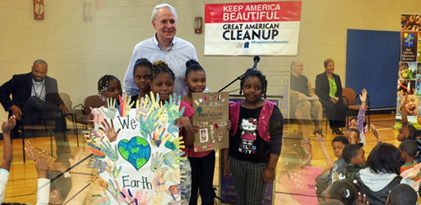 Community-wide clean-up kickoff at Milwaukee Public Schools' Hi-Mount Community School.