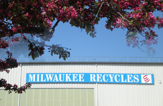 Milwaukee Recycles Facility image